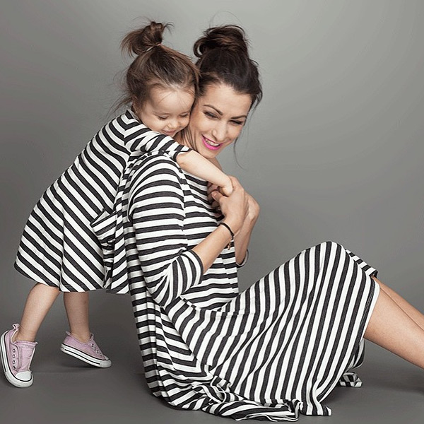 30558b618 Pruhované šaty pre mamičku a dcérku (rodinné oblečenie) – MojDrobec.sk